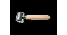 Вспомогательный инструмент для монтажа кровли, сайдинга, забора в Ярославле Валик прикаточный